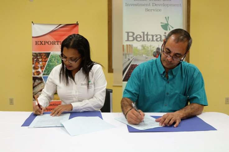 ms-melanie-gideon-and-mr-alejandro-martinez-sign-the-mou