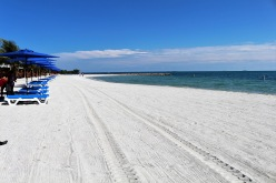 wide-shot-of-white-sandy-beache